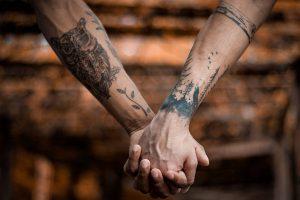 Ile średnio kosztuje wykonanie tatuażu, i od czego to zależy?