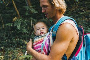 Dlaczego warto posiadać nosidła dla niemowląt?